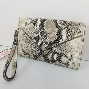 Victoria's secret Wrist Wallet Snake Print New